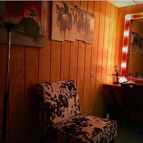 green room .jpg