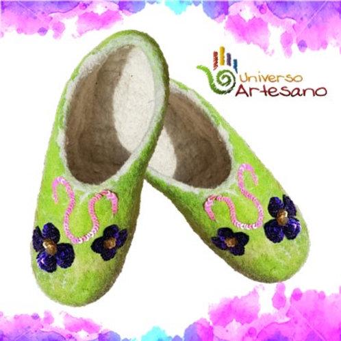 Wool Slippers hand made | Universo Artesano | Peru