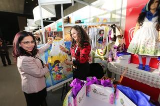 Universo Artesano - Expo APEC Mujer y Economía 2016