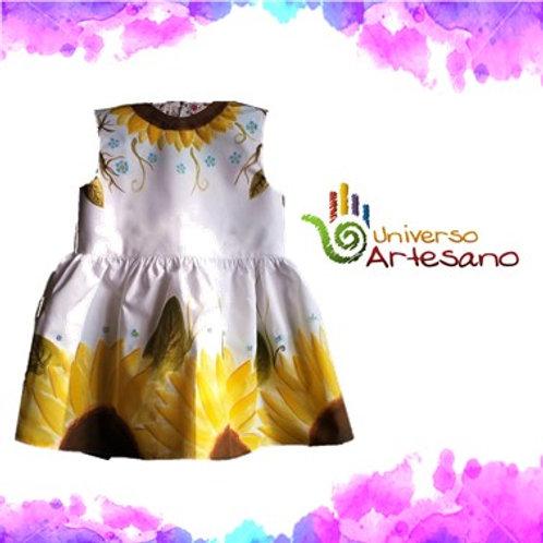Hand-painted girl dress | Universo Artesano | Peru
