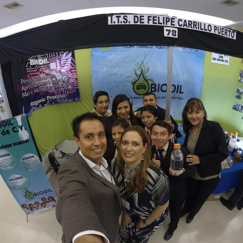 Visitando a los amigos del ITS de Felipe Carrillo Puerto.
