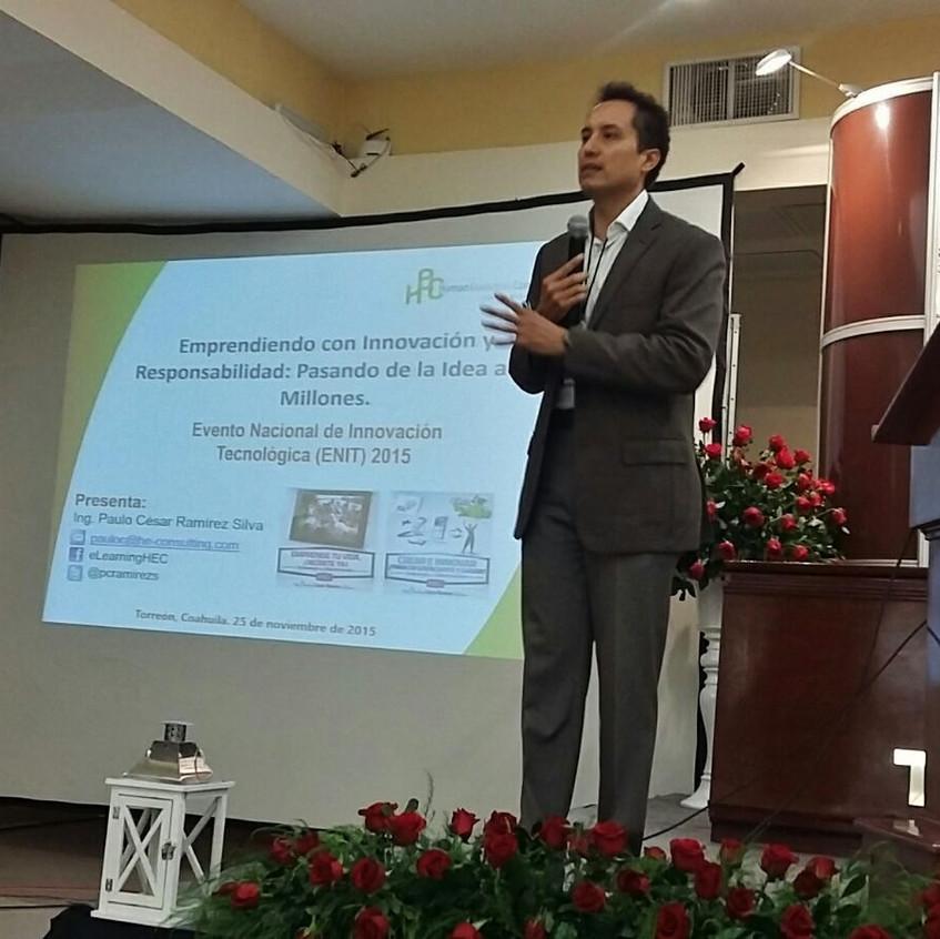 """Impartiendo Conferencia Magistral: """"Emprendiendo con Innovación y Responsabilidad: Pasando de la Idea a los Millones""""."""