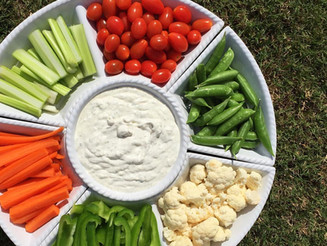 Skinny Greek Yogurt Ranch Dip