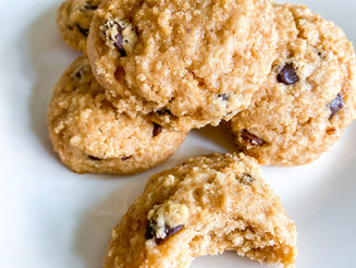 The Easiest Salty Chocolate Chip Cookies (V+GF)