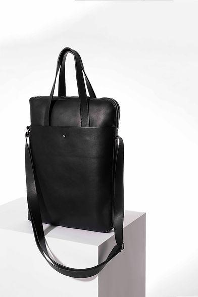 Kampi design sac de ville pour homme cuir noir par Episode Studio pour Groom Studios