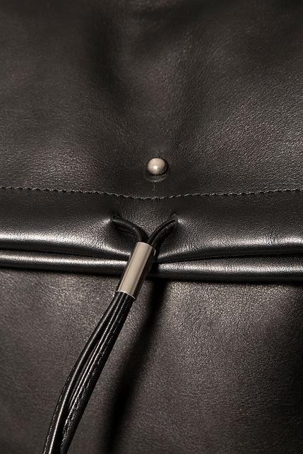 design backpack bag for men black leather by Marina Daguet Nathan Baraness Episode studio Groom Studio