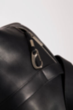 design travel duffle bag for men black leather by Marina Daguet Nathan Baraness Episode studio Groom Paris