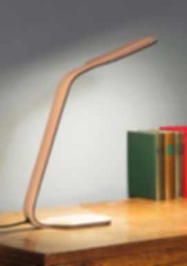 product vegetal thin tanned molded leather elegant design desk lamp by Marina Daguet Nathan Baraness Episode studio