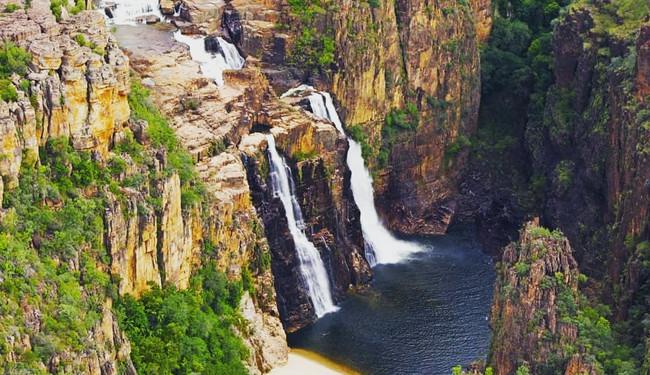 Twin Falls.jpg