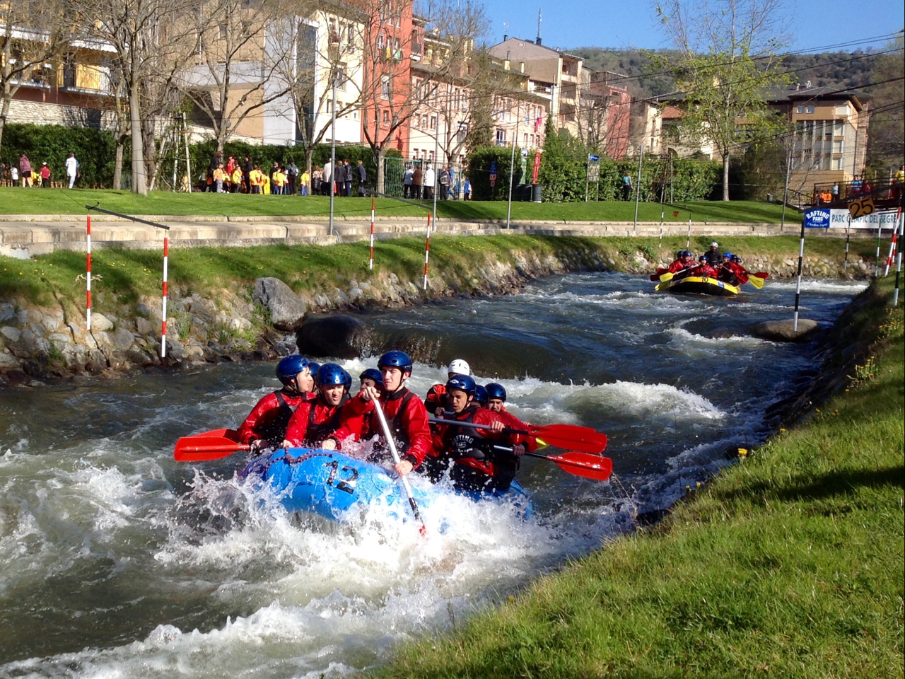 RAFTING  MIRA CANAL