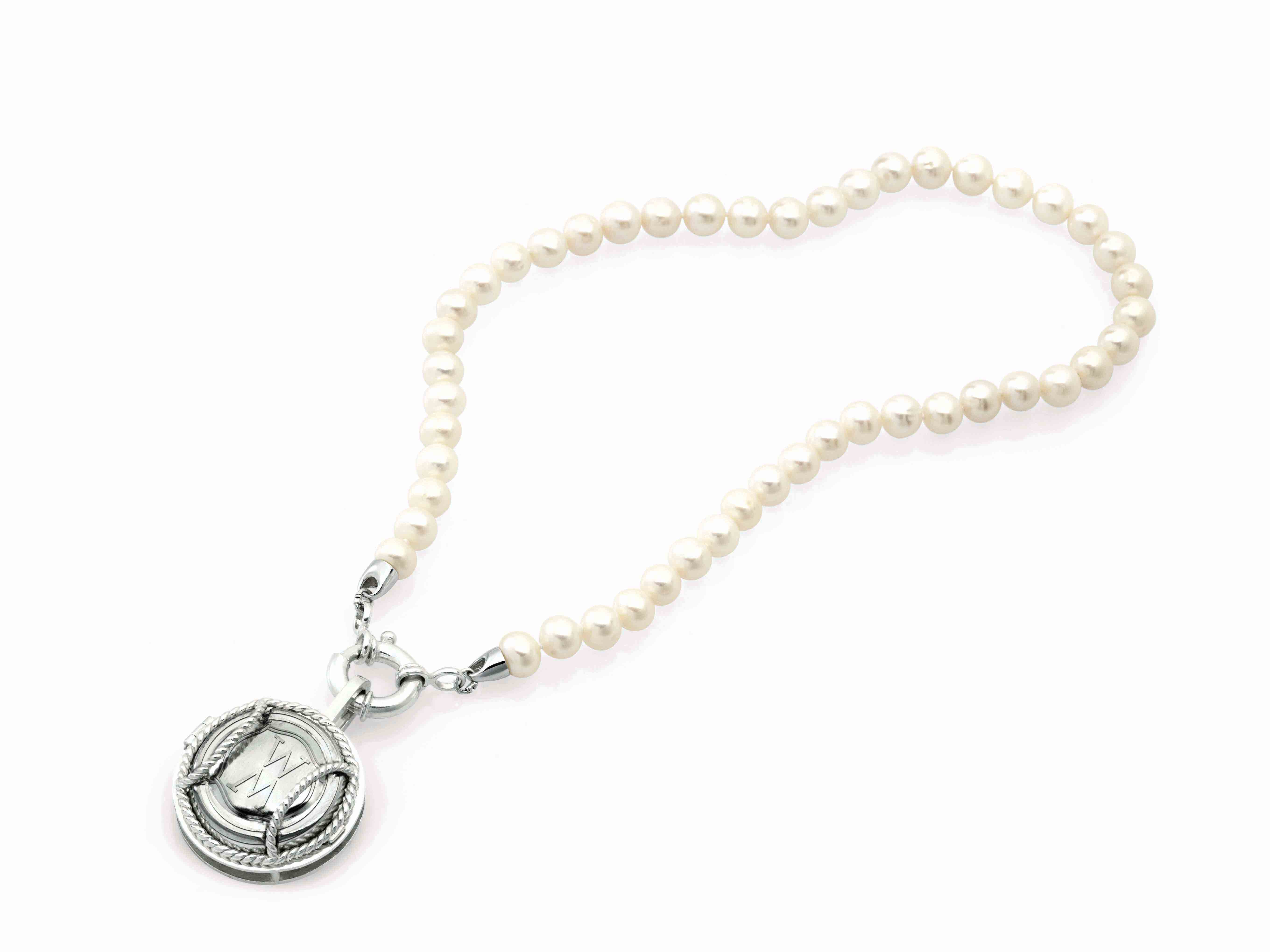 Small Blanc De Blanc Pearl Necklace
