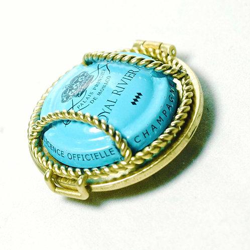 R2W Button Bronze ($220.00 USD)