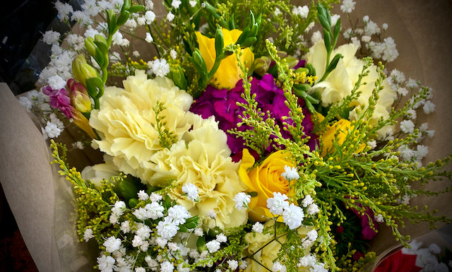 Cottage flower arrangement  $55 - 105