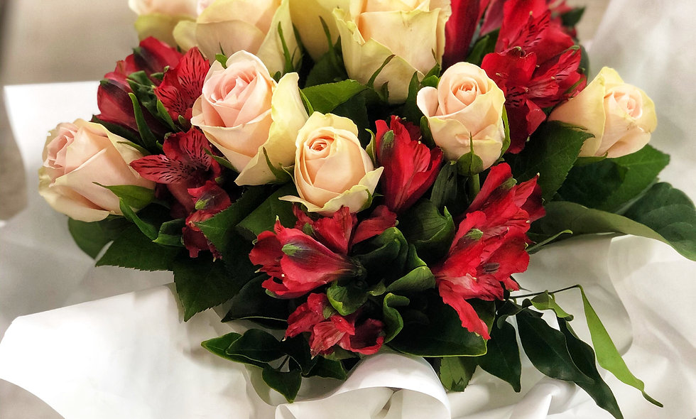 Boxed rose arrangement $55-95