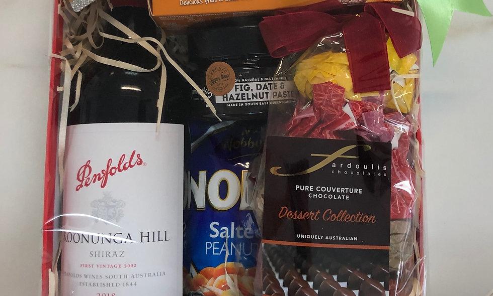 Penfolds Shiraz, Chocolates and goodies Gift Box