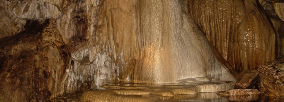 Venado's caves in La Fortuna