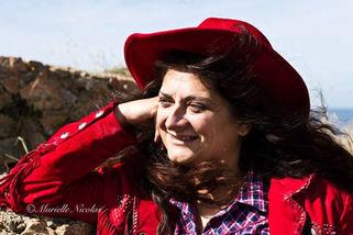 Dina Andrews