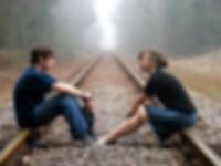 Conversacion-Pareja-Adolescentes-400x300