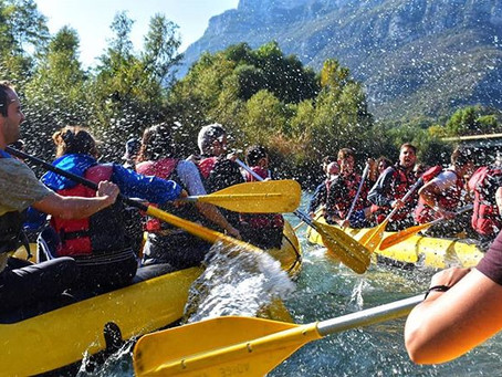 Discesa in rafting e grigliata in riva all'Adige