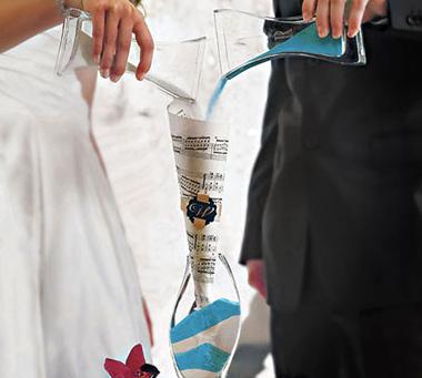 Loved Ones Wedding Fair - Sand Ceremony