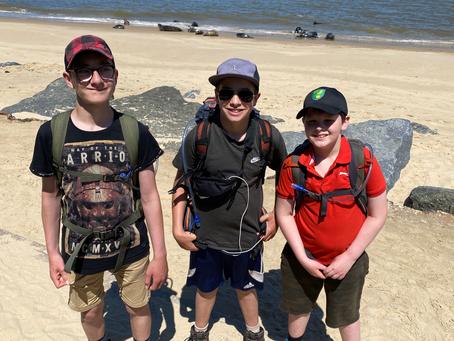Boys Who Hike!