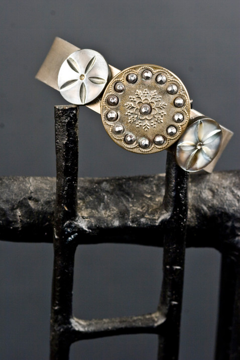 CUFF BRACELET WITH ANTIQUE BUTTONS
