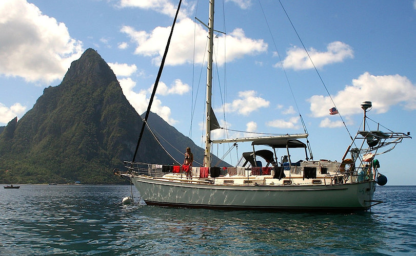 pitons horizantle view.jpg