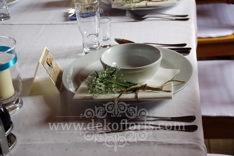 Ślubne_dekoracje_opolskie_kwiaty_biały_dywan_27_026