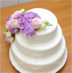 Dekoracja_kwiatowa_tortu_ślub_wesele_opolskie_Raszowa_tort2_001