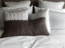 8Uc5v16n_cushions4.jpg