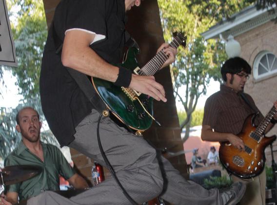 JBG in Sonoma Plaza wiht James and Brian