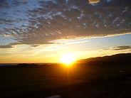両津湾日の出 眺めが良い トキが飛来 朱鷺
