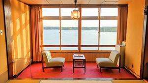 和室客室 加茂湖眺望 牡蛎養殖 カキ筏 夕日 夕景 大佐渡山脈