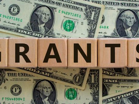 COMMUNITY FOUNDATION AWARDS $10,000 GRANTS