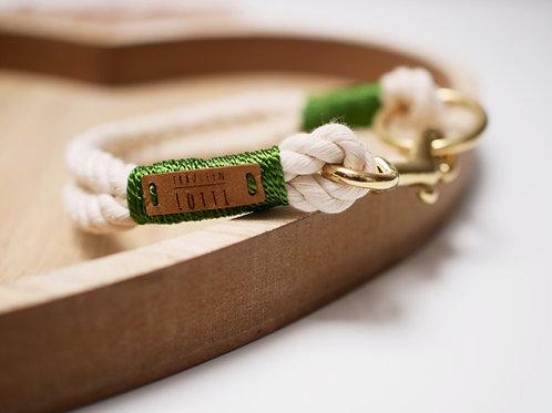 Tauhalsband Natural - Umwickelung tannengrün