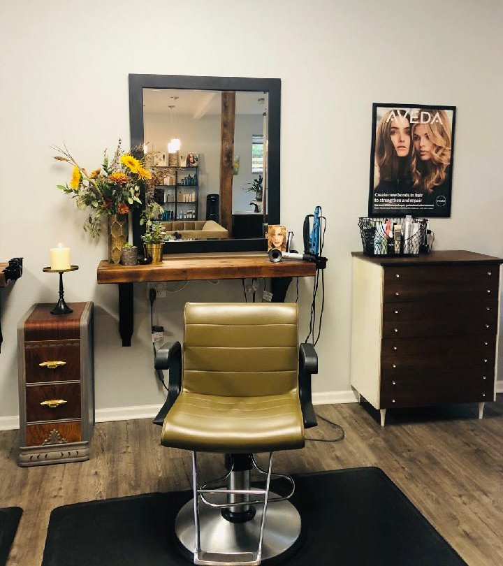 A warm & welcoming salon chair.