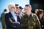Z médií: Politika, armáda a mise (ČT24: Události, komentáře)