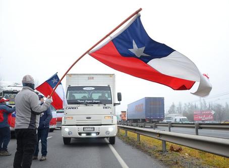 """Camioneros de Valparaíso """"suspenden"""" paro aunque en el sur continua el paro"""