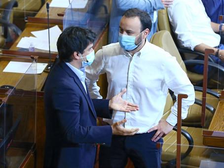DIPUTADO ALEJANDRO BERNALES PRESENTA PROYECTO PARA PROHIBIR EL USO DE FUEGOS ARTIFICIALES