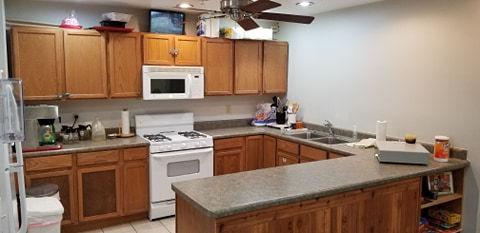 kitchen 2.0.jpg