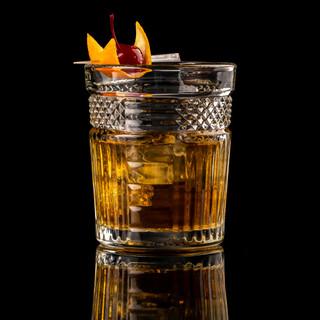 cocktail-black-background-menu-layout-re
