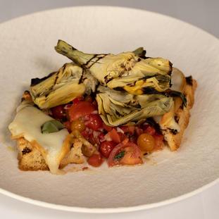 Grilled Artichoke & Tomatoe Salad 65 SR
