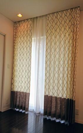 刺繍カーテン