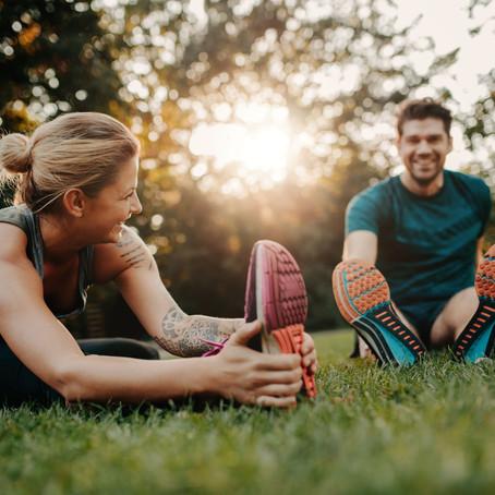 Alongar antes ou depois? O alongamento é mais benéfico antes ou depois do treino?