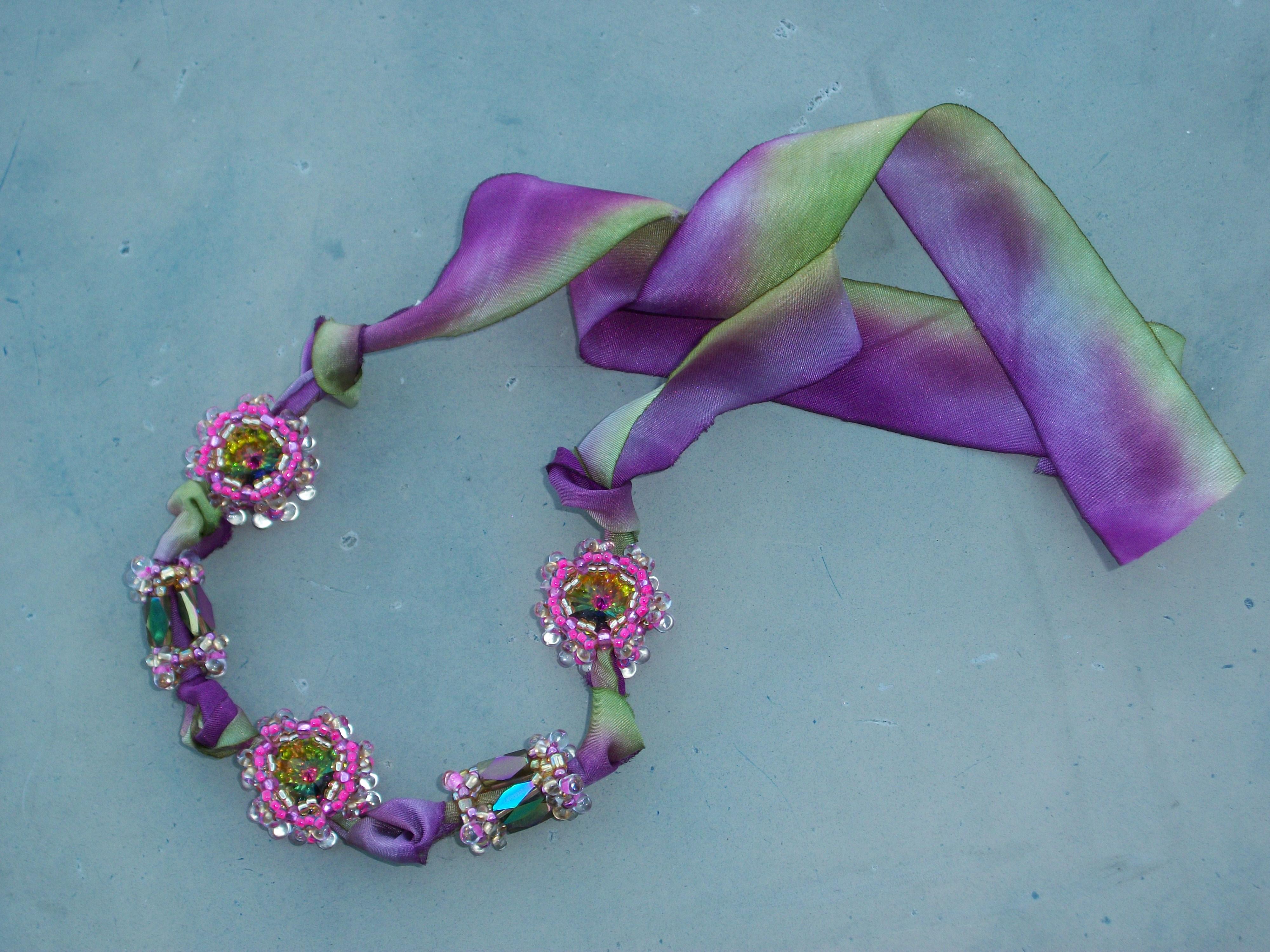 Prismatic Bezelled Rivolis and Beads