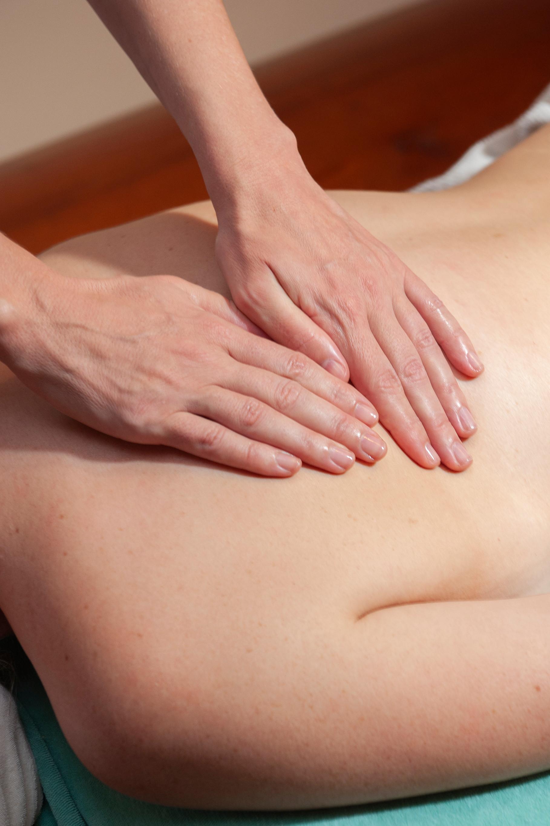 Klassische Massage 90 Min (Kreis 4)