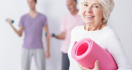 Cómo tratar las lesiones de columna causadas por la osteoporosis