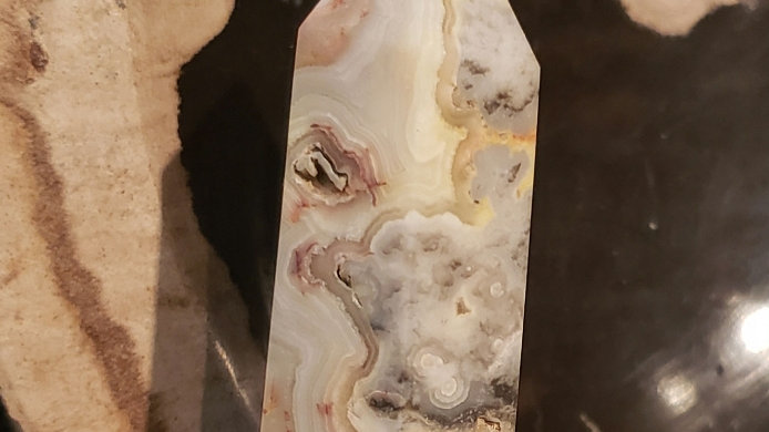 Crazy lace agate tower 23