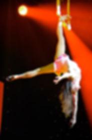 Trapèze, Tatiana Thomas, artiste de cirque et acrobate aérienne