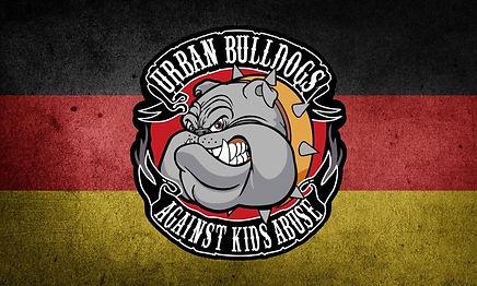 Fahne-mit-Logo-768x461.jpg